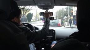 La loi Macron prend la route d'un permis de conduire moins cher