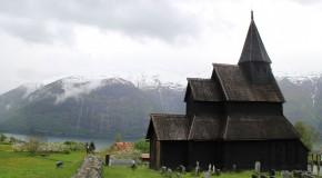 Holy wood : la Norvège, ses églises, son patrimoine