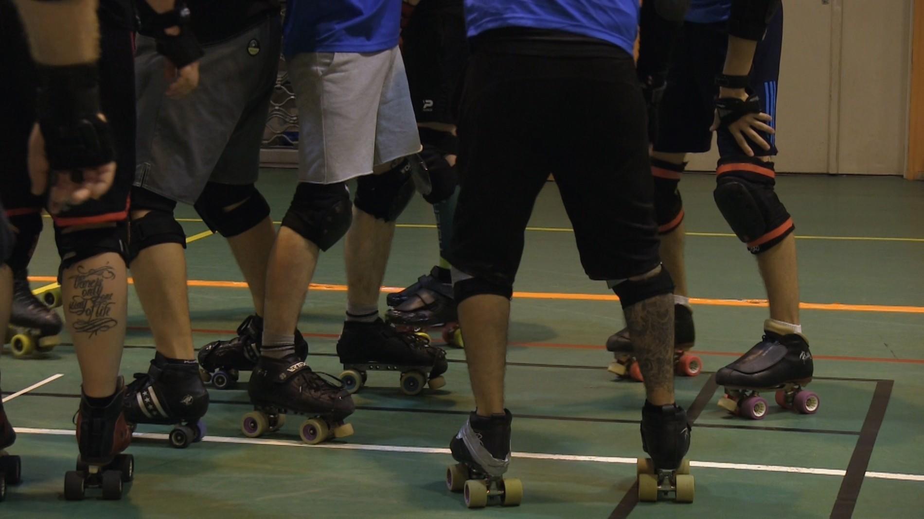 Les équipes de roller derby de Metz et Strasbourg réunies